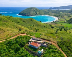 Mawun beach behind Villa Atas Pelangi